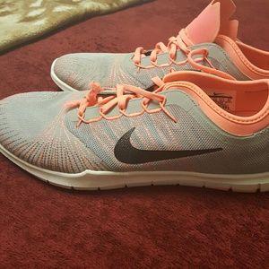 Women's Nike Fitsole training shoes